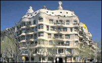 In deze wijk zijn veel werken van Gaudi te zien.