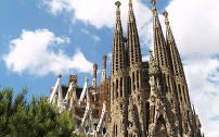 De wereldberoemde kerk in Barcelona: De Sagrada Familia.