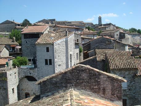 Een klein autovrij dorpje in de Ardeche in Frankrijk, Balazuc