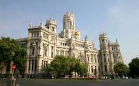Madrid is de hoofdstad en grootste stad van Spanje. Het is na Londen en Parijs de op twee na grootste stad en metropool van de Europese Unie.