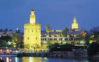 Sevilla kent talloze prachtige bezienswaardigheden waarvan er vele stammen uit de periode van de Moorse bezetting van Andalusie.