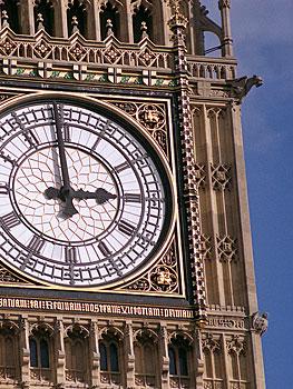 Londen stedentrips | Londen, de hoofdstad van het Verenigd Koninkrijk en een echte wereldstad. De stad aan de Thames spreekt al eeuwenlang tot ieders verbeelding. Van Little Venice over Camden Town tot Notting Hill, elke buurt ademt een andere sfeer uit. Of je er nu voor de eerst keer komt of voor de tiende keer, er vallen steeds weer nieuwe dingen te ontdekken!