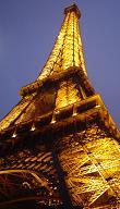 Parijs stedentrips | Het eeuwige Parijs, het swingende Parijs, het Parijs waar u kennis mee moet maken of wat u opnieuw moet ontdekken! Al eeuwenlang zijn alle bezoekers in de ban van de magie van Parijs en ook u zult genieten van uw bezoek aan de lichtstad. Parijs is niet alleen een prestigieuze historische stad waar vaak feestgevierd wordt, maar ook de hoofdstad van de creatie!