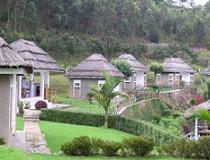 Uganda, Bunyonyi Safaris Resort