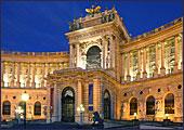 De Hofburg werd ooit gebouwd als een Middeleeuws kasteel.