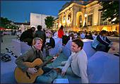 Het MuseumsQuartier is een 60.000 m² groot cultuurcomplex in de nabijheid van het centrum van de Oostenrijkse hoofdstad Wenen.