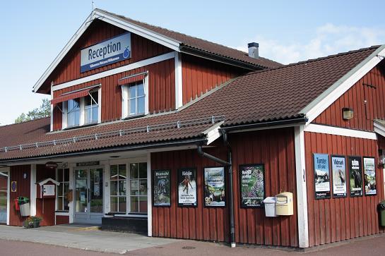 Op ongeveer 20 minuten rijden van Orsa ligt 400 meter hoger de plaats Grönklitt. Hier bevindt zich het bungalowpark, waarvan sommige delen nog vol in aanbouw.